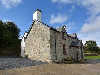 66510 House situated in Conwy Valley (5.5mls N)