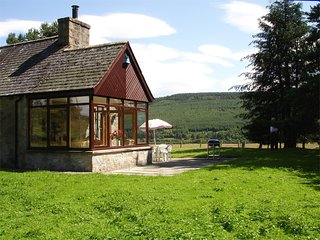 CA237 Cottage situated in Grantown-on-Spey