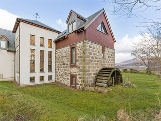 CA280 Cottage situated in Carron