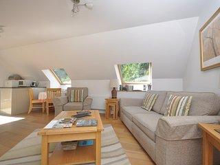 76810 Apartment situated in Cranham