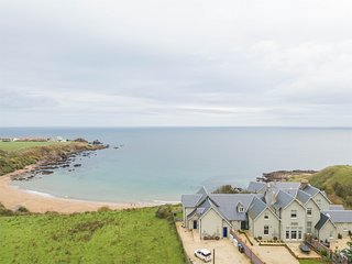 CA256 Cottage situated in Coldingham