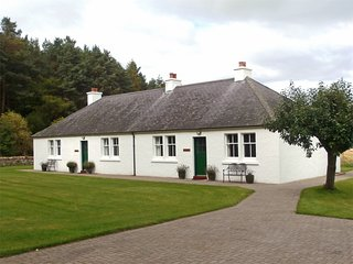 CA144 Cottage situated in Auldearn