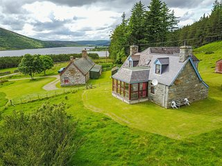 CA260 Cottage situated in Brora