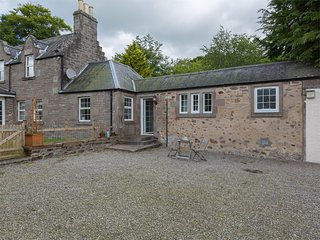 CA217 Cottage situated in Edzell