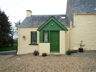CA333 Cottage situated in Dunning