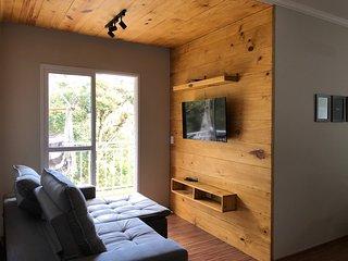 Lindo Apartamento Completo | Rústico & Moderno com Garagem