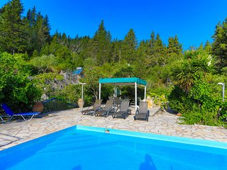 Villa Sevi: Secluded, Private pool, A/C