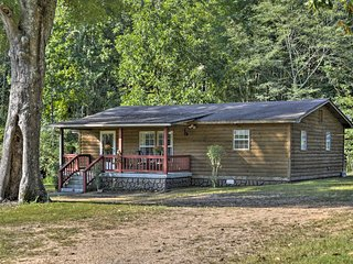 Quiet Cherokee Home w/ Deck, Walk to Lake!