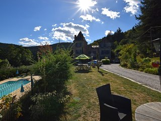 Former coach house in a castle with park garden, large swimming pool in Ardeche