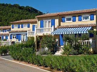 Luxurious Provencal villa with AC, near the nice Vidauban