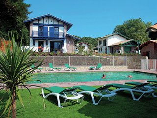 Beautiful villa in Basque style just 3 km. away from the sea