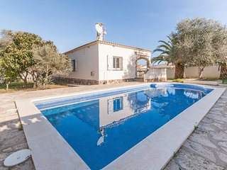 Fantastic villa with big garden and large private swimming pool in L'Escala
