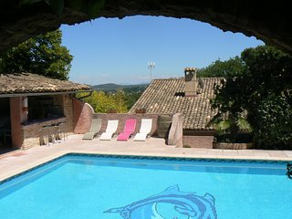 Beautiful villa with stunning views of the Mont Ventoux