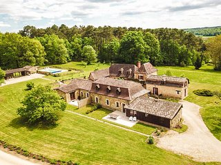 Farmstay holiday home in Issac France with private pool
