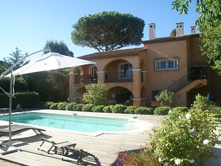 Very charming detached villa with private pool in Saint-Tropez!