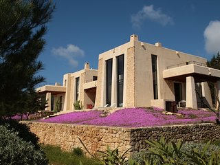 Charming Villa in Es Cubells with Private Swimming Pool