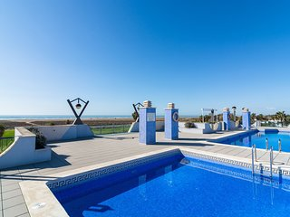 Comfortable apartment at only 100 metres from the sea
