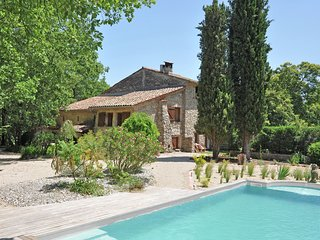 Traditional Holiday Home with Swimming Pool in Fayence