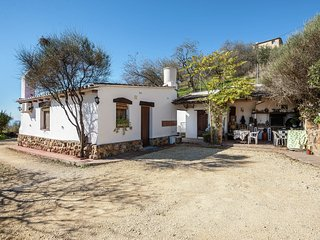 Cottage with private swimming pool and rural location near Antequera