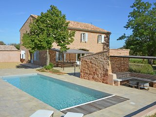 Detached House With Private Garden in Bizanet France