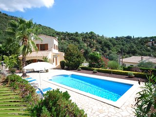 Beautiful Villa In Calogne with Swimming Pool