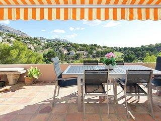 Quaint Apartment in Altea la Vella with Common Pool