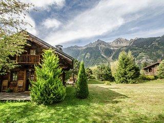 Quaint French Chalet in Chamonix with Valley nearby