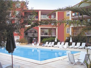 Colorful apartment with AC at 150 m. from the beach