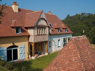 Beautiful Cottage with parking in Trouville-sur-Mer