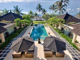 The Ylang Ylang - an elite haven, 6BR, Ketewel