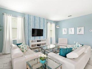1520MC. Amazing ChampionsGate Resort 6 Bed 6 Bath Pool Home
