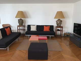 Exclusive Paris Apartment Between Concorde and Madeleine