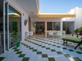 Spacious & Well Lit Chalet in Maspalomas