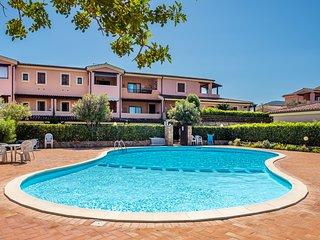 Costa Smeralda residence con piscina a soli 2 km dal mare