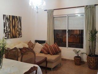 casa para 4 personas patio, garaje, parrilla en Bahia Blanca