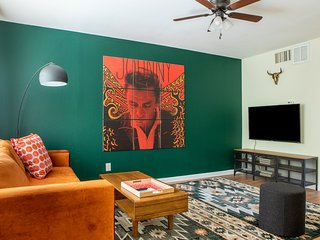 Stylish West Campus Apartment #204 by WanderJaunt