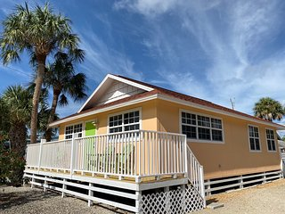 Private Beach Cottage with Serenity & Charm - Steps from the Beach!