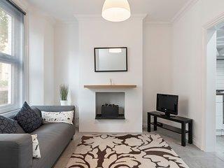 Beautiful 2 Bed House, Sleeps 4 nr Greenwich
