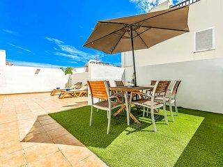 La Caleta Villa Sleeps 6 with Pool and WiFi - 5814826