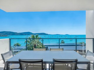 Executive on Whisper Bay - Cannonvale
