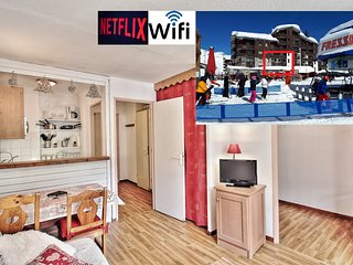 Tignes Val Claret 4 sleeps EXCEPTIONAL LOCATION DIRECT ACCES FUNICULAR