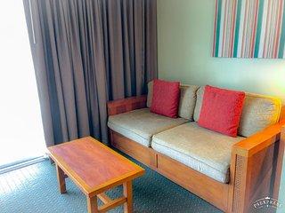 Gorgeous Hotel-Style Stay Steps from Waikiki Beach
