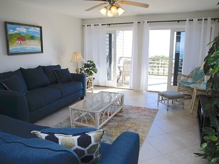 Gulf Side 2 Bedroom 2 Bath B33