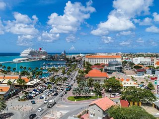 Spectacular Location | Views of Oranjestad & Beach
