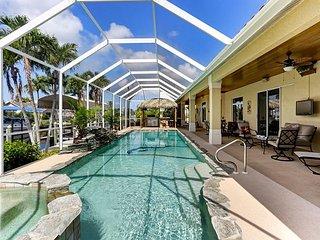 Sweet Retreat - Lavish Florida Escape