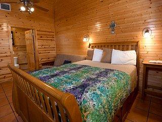 Frio Springs Lodge #5
