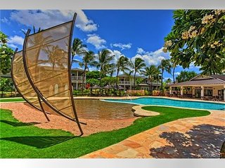 Ko Olina Resort Coconut Plantation | Near beach
