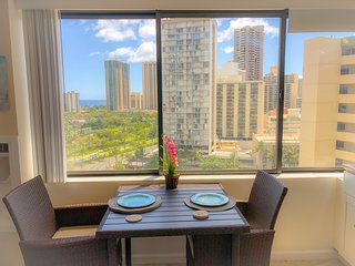 Island Style Ocean Views in Waikiki