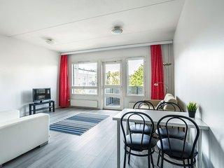East Helsinki WeHost *Klaavunpolku - Twin, Single sofa & Balcony