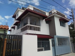 Spacious house with balcony & Wifi